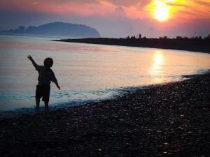 BOHA_child_sunset_credit_NPS